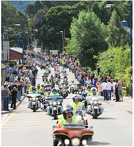 Thunder in the Glens 2008 - Rideout through Aviemore
