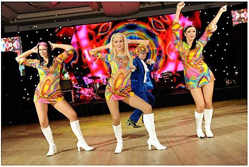 Wayne's World Dancers
